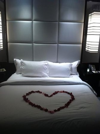 Ivy Boutique Hotel:                   rose petals
