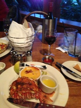 Jonah's Seafood House: Cajun Lobster and wine!