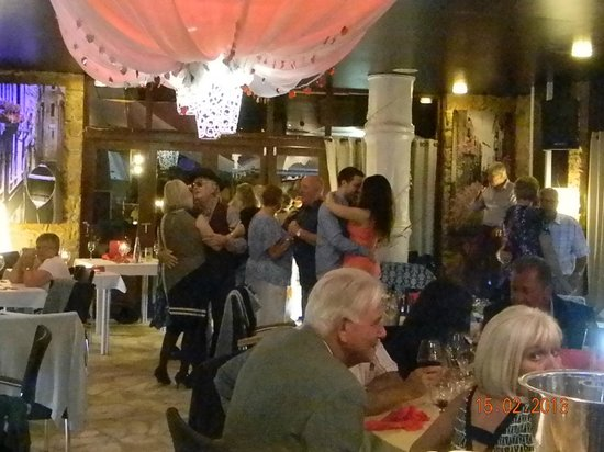Luna Blue Lounge Bar: s. valentine dinnner