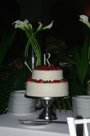 ‪‪CasaMagna Marriott Cancun Resort‬: Wedding cake‬
