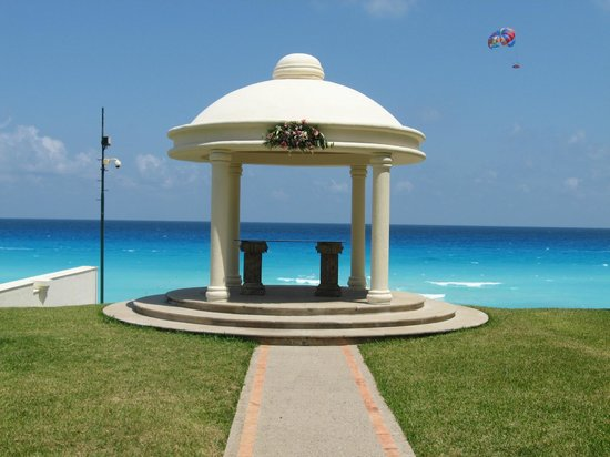 Marriott Cancun Resort: Gazebo