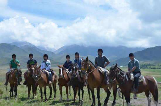 Estancia La Alejandra:                   Cavalgada