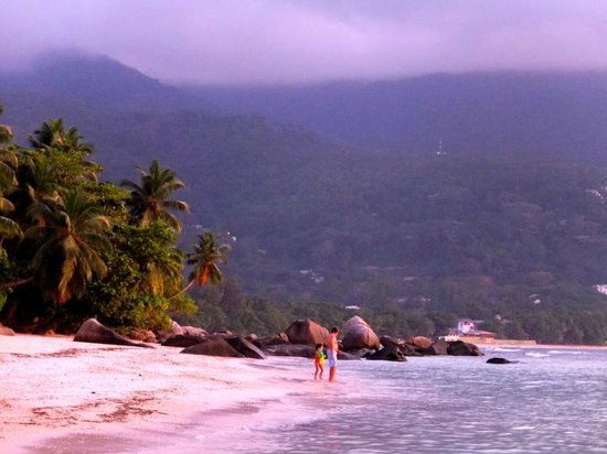 Bliss Hotel Seychelles:                   Nearby Beau Vallon beach at sunset