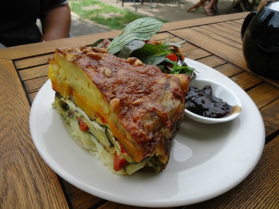 Red barn Cafe:                   The vegtable pie