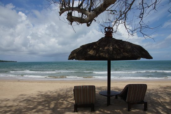 Belmond Jimbaran Puri:                   自由にゆっくり出来るビーチ