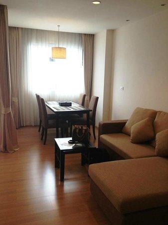 Karabuning Resort and Spa: Living area