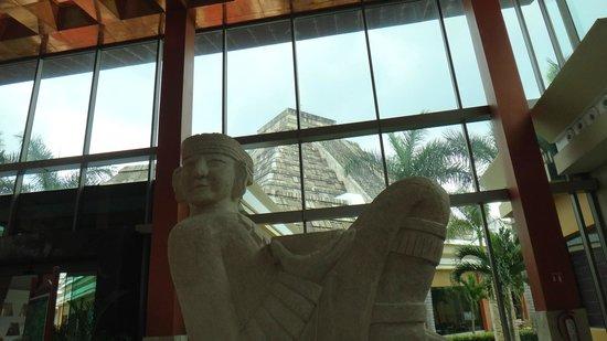Iberostar Paraiso Maya:                                     Pyramid replica