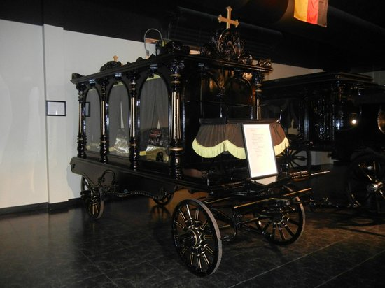 National Museum of Funeral History: Carriage