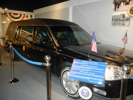 National Museum of Funeral History: Presidential Funeral Car