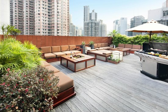 Shama Fortress Hill Serviced Apartment: Rooftop - tropical rooftop garden equipped with BBQ facilities and Wi-Fi internet access