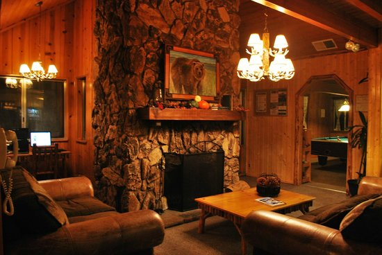 Big Bear Frontier: Lobby