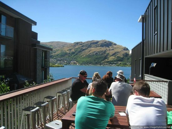 Hilton Queenstown Resort & Spa:                   View from Stacks Pub