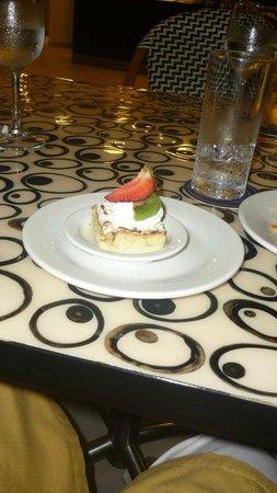Hilton Cartagena:                   mmm deli