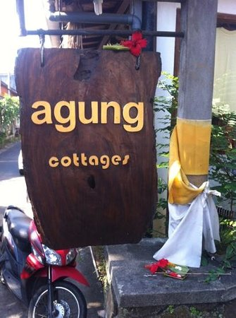 Agung Cottages:                   sign out front