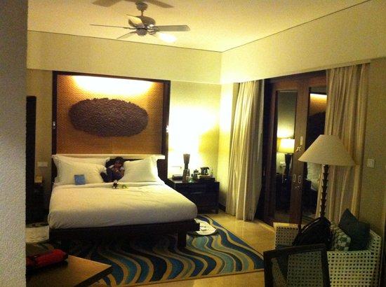 Conrad Bali:                                     Ocen View Room