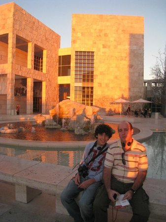 The Getty Center:                   Pôr-do-sol em Getty Center