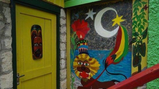 Banana Shout Resort:                   art on the treehouse