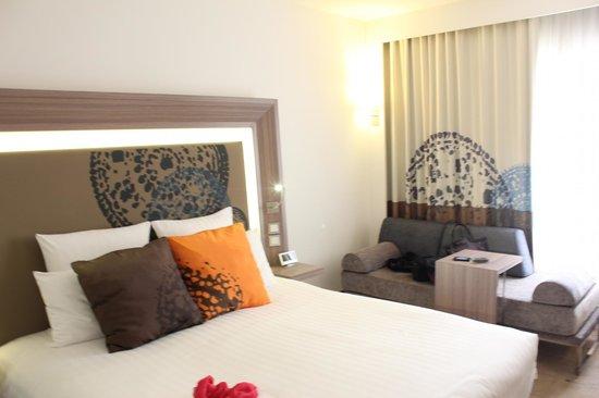 โรงแรมโนโวเทล กรุงเทพ สยามสแควร์:                   modern looking
