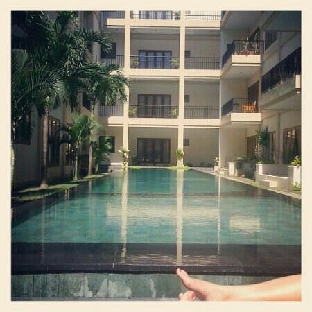 Kuta Town House Apartments:                   lap pool