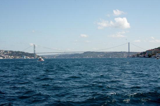 Bosphorus Strait:                   cruising along the strait