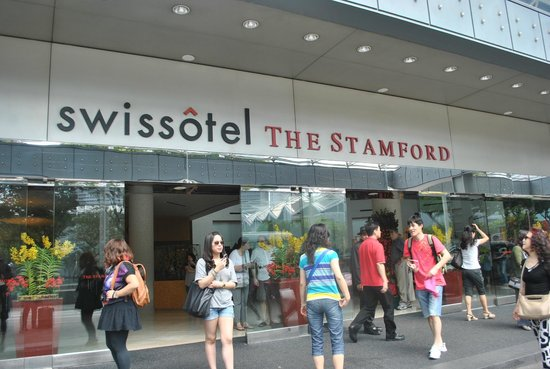 Swissotel The Stamford: The Facade
