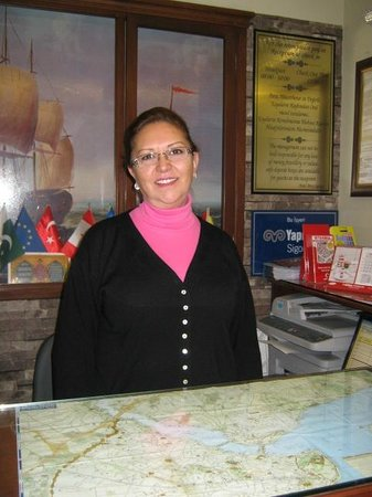 Hotel Pera Capitol: Melda at her working place