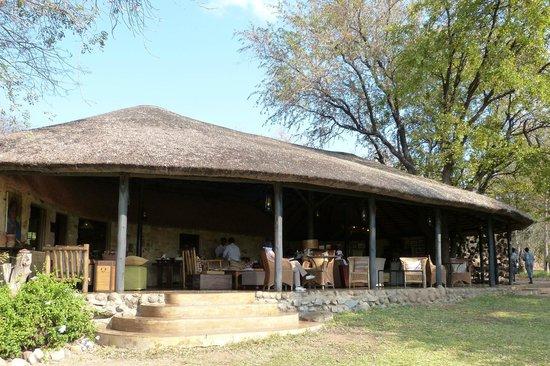 Motswari Private Game Reserve:                   Espace repos et déjeuner