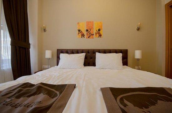 Taksim Plussuite Hotel: Bed