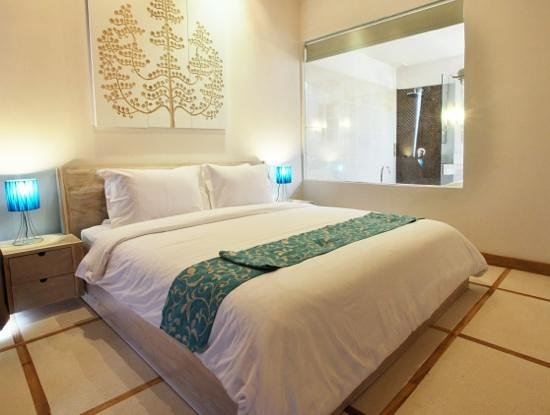 La Cabana Hotel and Villas :                   vivere room