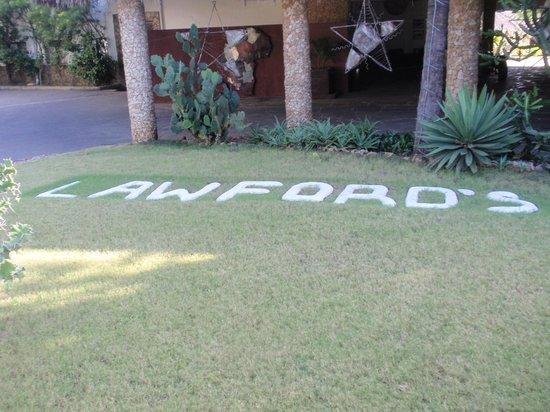 Lawford's Hotel: entrata dell'Hotel