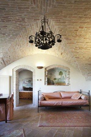 San Crispino Historical Mansion: Madre Terra