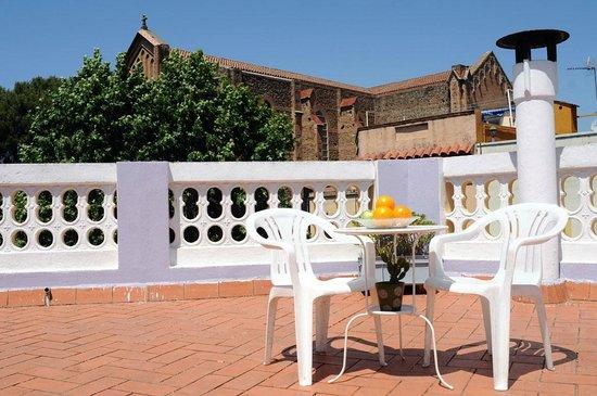 Barcelona Nice Cozy Roof