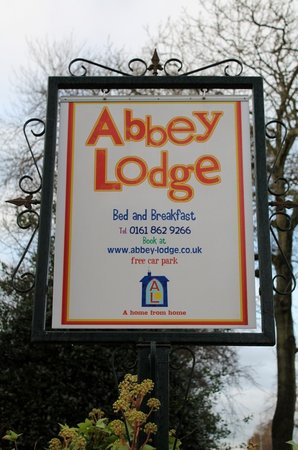 Abbey Lodge: Our signpost