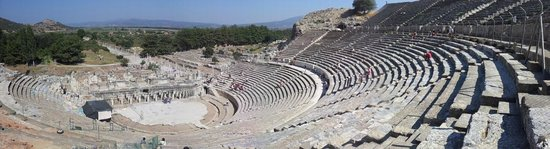 Efesos: Ephesus - The main amphitheatre