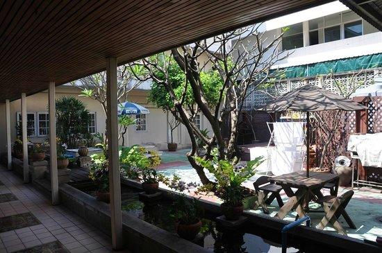 Baan Sabai:                   Garden area