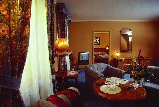 Hotel Concertino Zlata Husa: Suite