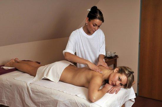 Hotel Concertino Zlata Husa: Massage