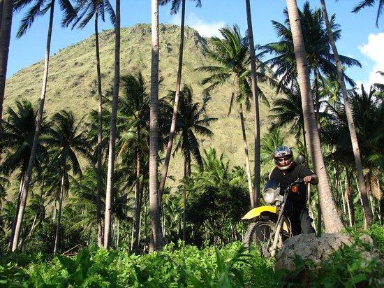 Camiguin Volcan Beach Eco Retreat & Dive Resort: Motorbike Tour