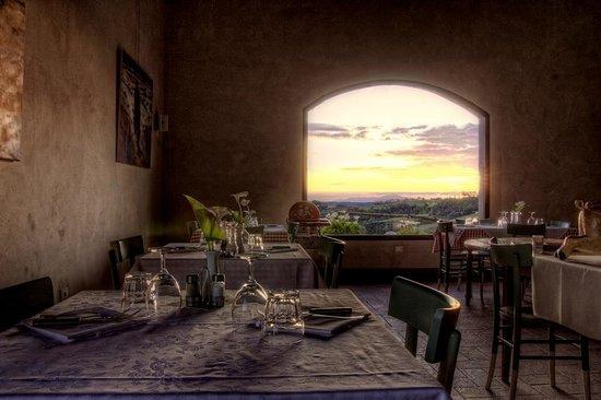Agriturismo Montalbino - The restaurant (La Lombricaia)
