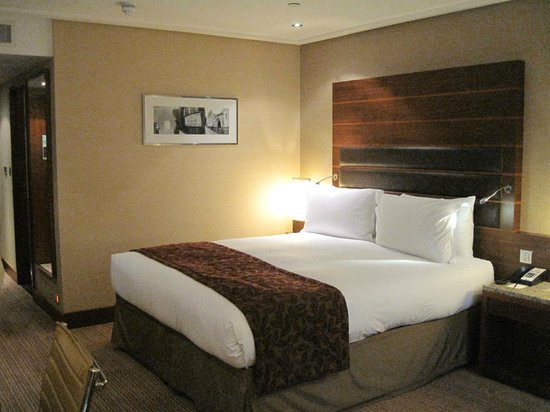 Sofitel London Heathrow:                   Our room.