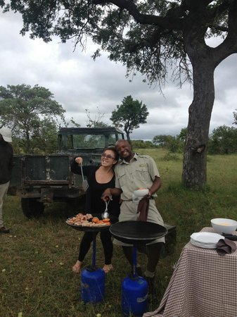 andBeyond Ngala Safari Lodge:                                     Breakfast in the Bush!