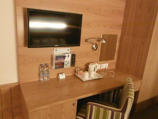 迪拜國際機場快捷假日酒店照片