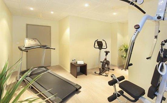 Appart'City Confort Saint Quentin en Yvelines Bois d'Arcy : Park&Suites Village Bois d'Arcy - Fitness Room