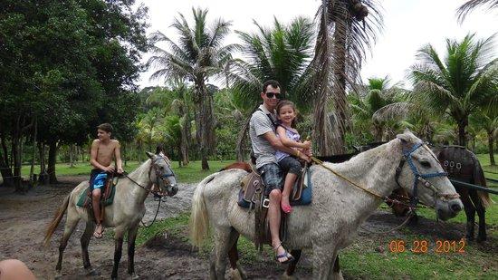 Hotel Baia Cabralia:                   Fazenda mãe tereza