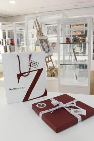 Loukia and Michael Zampelas Art Museum: Zmart Shop