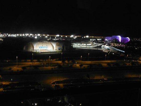 Park Rotana Abu Dhabi:                                     F1 Track
