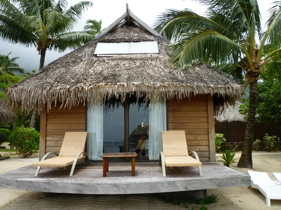 Manava Beach Resort & Spa - Moorea:                                     Deluve Bungalow - view from the beach