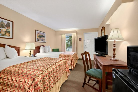 Baymont Inn & Suites Albany at Albany Mall: Double