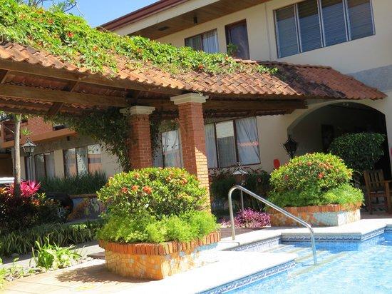 Apartotel La Sabana:                                     Pool
