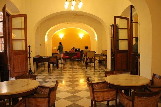 Palais de Mahe:                   Reception